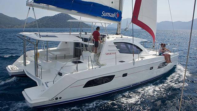Sunsail 444 Catamaran